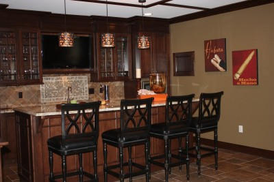 And-designs-bar-in-basement-ideas-and-pictures-basement-bar-flooring