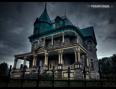 scary_house2