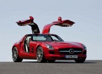 2011_mercedes_benz_SLS_AMG_large.jpeg